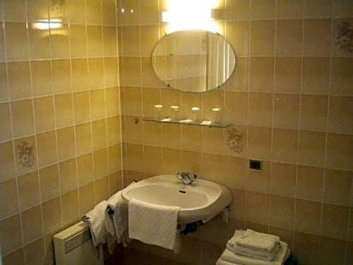 Hotel Du Ladhof Colmar Images