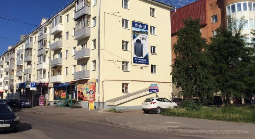 Apartment on Volodarskogo 8
