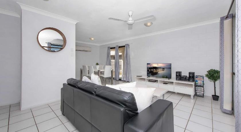 Photo: 3 Bedroom Home Townsville