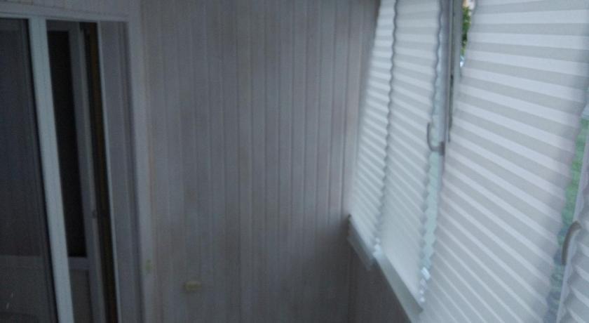 Apartment on Stroiteley 69