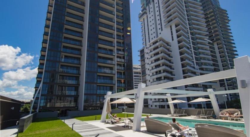 Photo: HomePlus Premier Apartments at 2663 Gold Coast Hwy Broadbeach