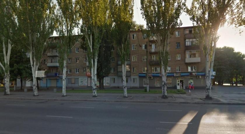 KR Apartments on Metalurhiv 31