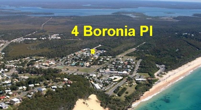 Photo: 4 Boronia Place - Rainbow Beach Perfect Convenient Location Fenced Yard