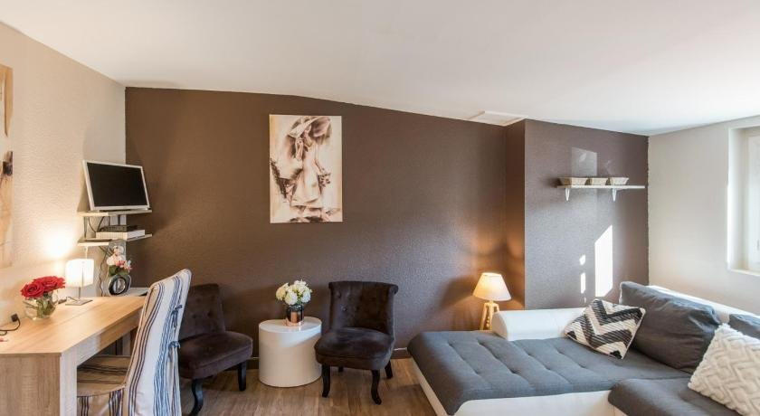 Welkeys Apartment - Pairoliere