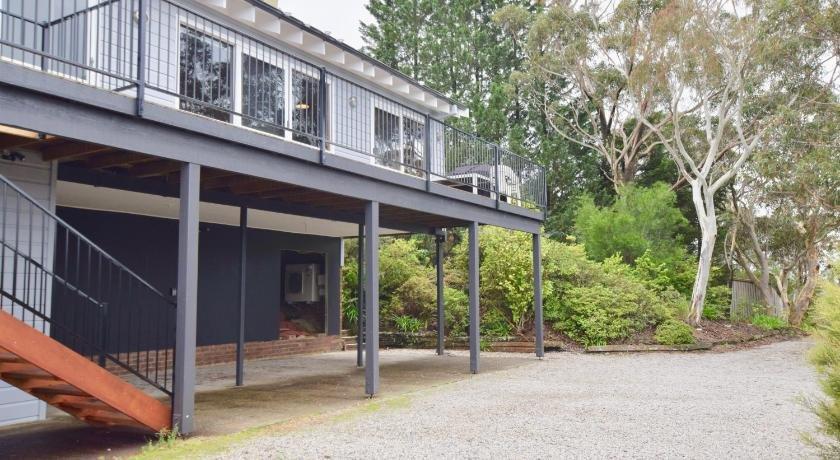 Photo: Treetops Retreat Katoomba