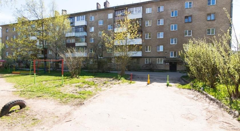 Апартаменты Локомотивная