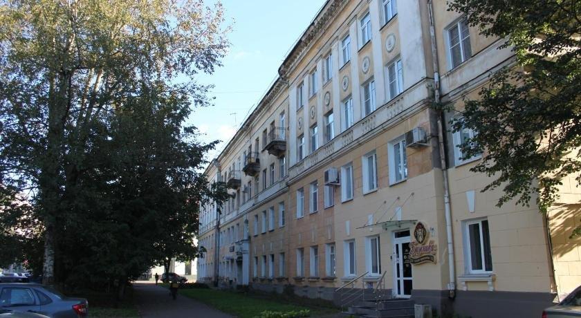 Апартаменты на Новолучанской 3