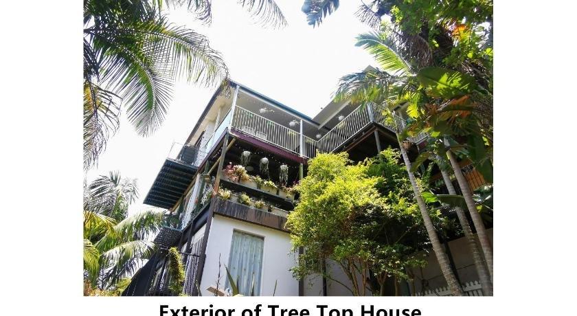 Photo: Tree Top House