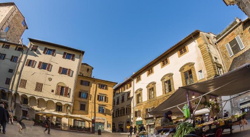 Chiara's Bright Apartment