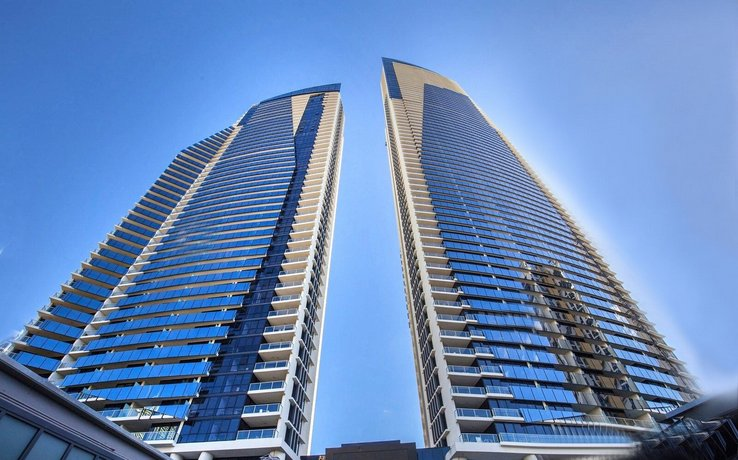Photo: Surfers Paradise Central Luxury 2 Bedroom Seaview Spa Apartment - Sealuxe