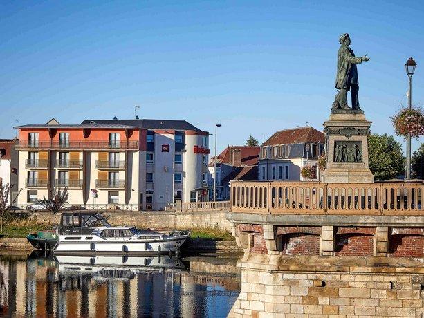 ibis Auxerre Centre Images