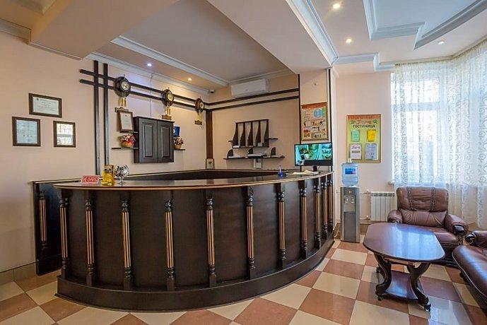 Отель Tarkhov
