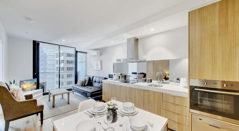 Photo: New A Modern & Cozy 2br Apt Next To Southern Cross With City Views