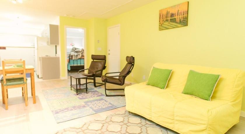 Comfy Cabana Place