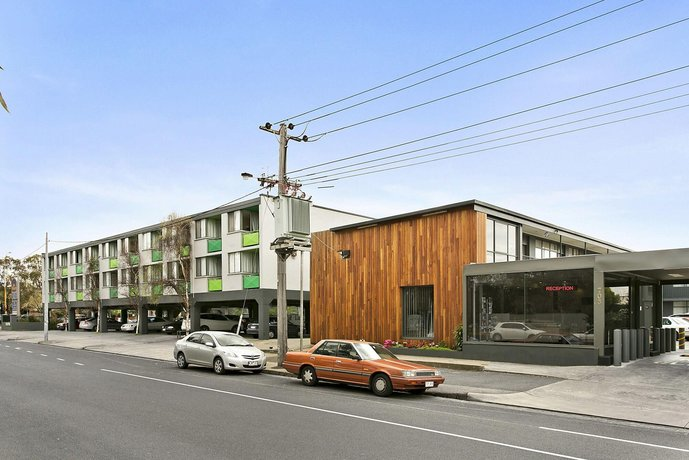 Photo: Melbourne's Princes Park Hotel
