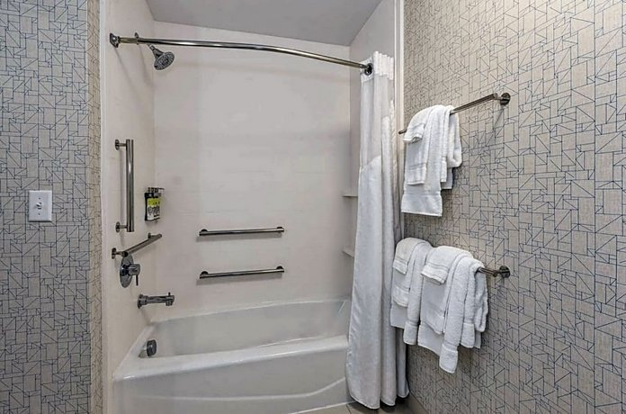 Holiday Inn Express & Suites - Jersey City - Holland Tunnel