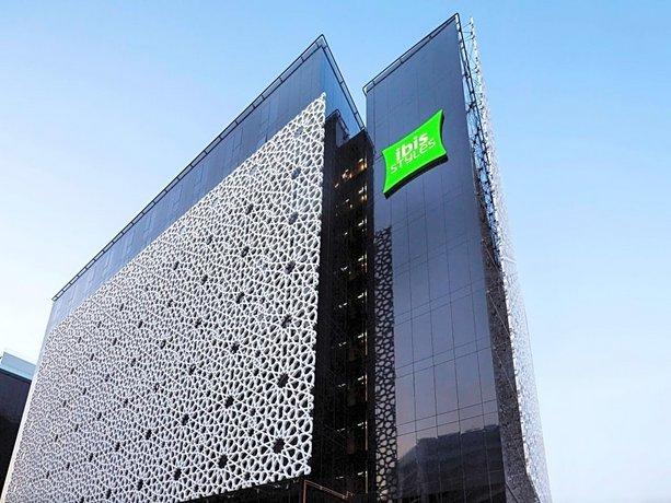 Ibis Styles Dubai Airport Hotel Images