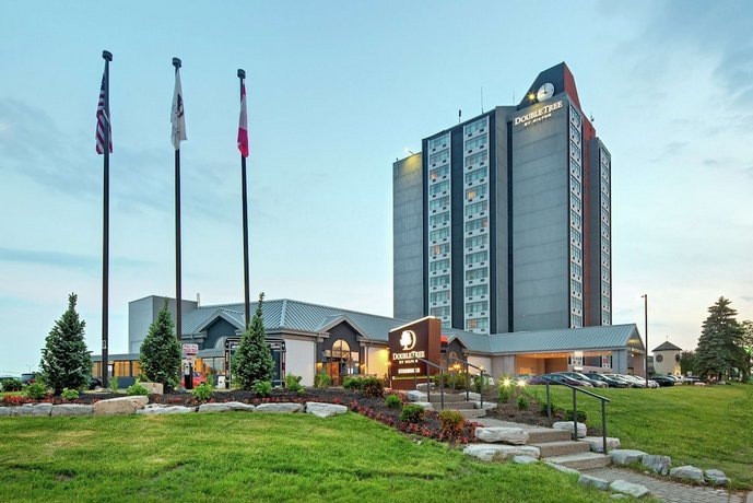 Doubletree By Hilton Toronto Airport Images