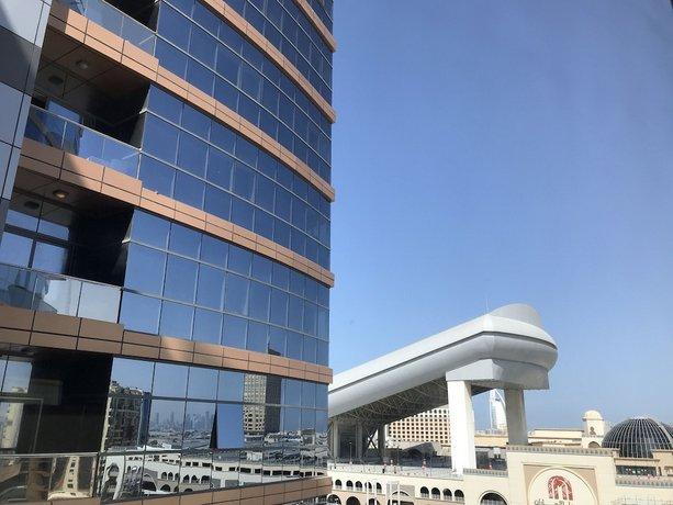 DoubleTree by Hilton Hotel and Residences Dubai - Al Barsha 이미지