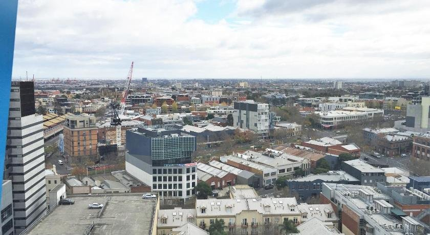 Photo: Luxury Living In The Heart Of Melbourne City