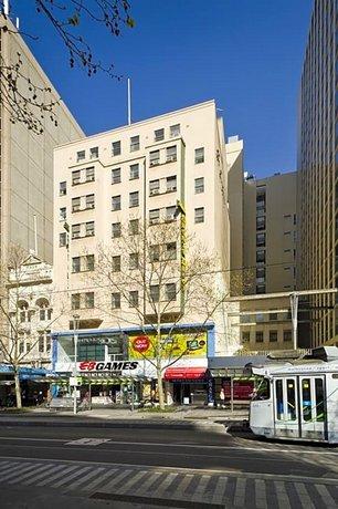 Photo: City Square Motel