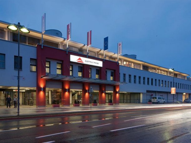 Austria Trend Hotel Salzburg West Images