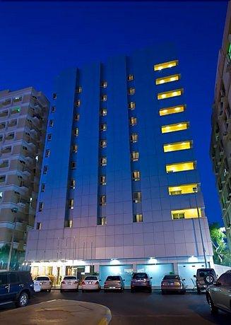 Phoenix Plaza Hotel Apartments Images