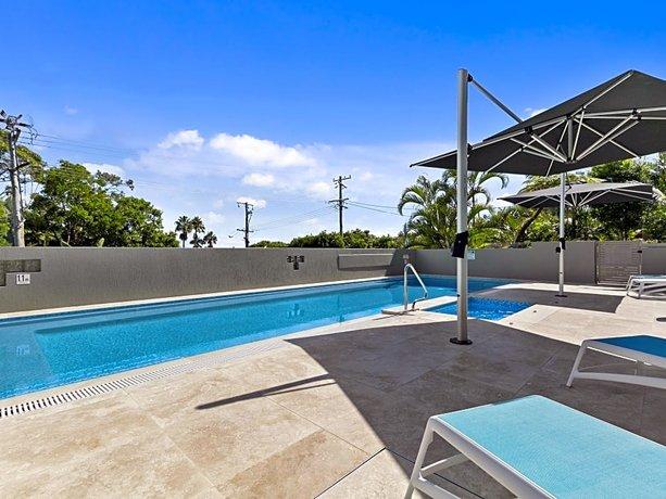 Photo: Charming Noosa Heads Apartment Laguna Bay Views - Unit 6 Taralla 18 Edgar Bennett Avenue