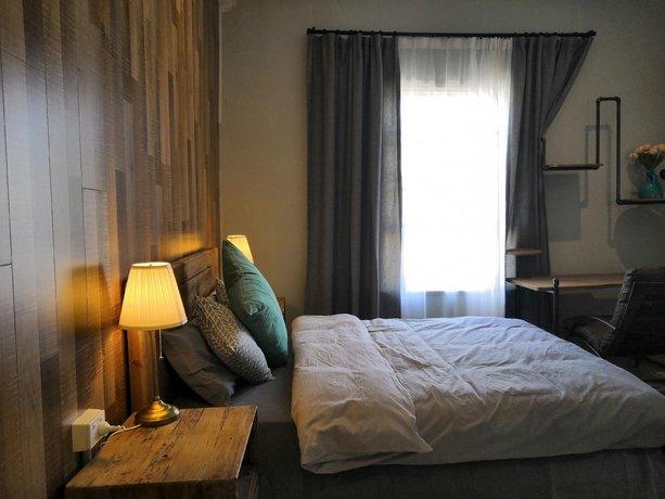 Photo: Summer s Holiday Inn