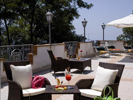 Andris Hotel - dream vacation
