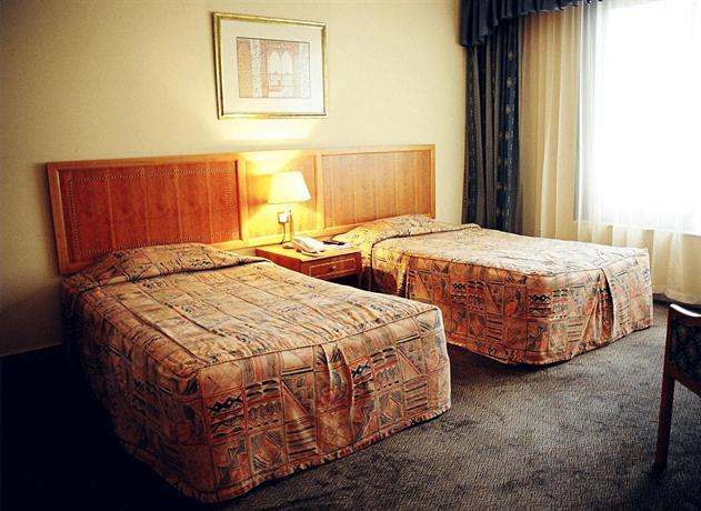 Emirates Plaza Hotel - dream vacation