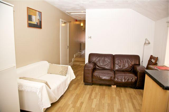 Constantinou Apartments Cardiff - dream vacation