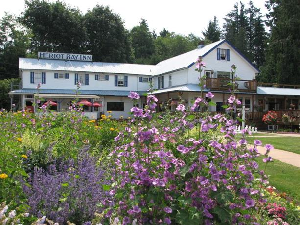 heriot bay single personals Heriot bay inn and quadra island community centre heriot bay and quathiaski cove, quadra island this event is for adults , seniors , singles , student / college.