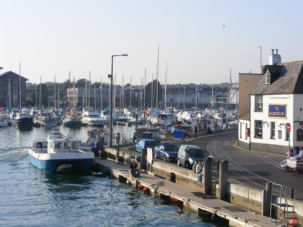 Sailors Return Weymouth - dream vacation