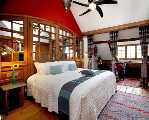 Boathouse 19 Accommodation Windsor - dream vacation