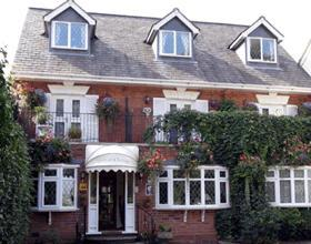 Victoria Lodge Kenilworth England - dream vacation