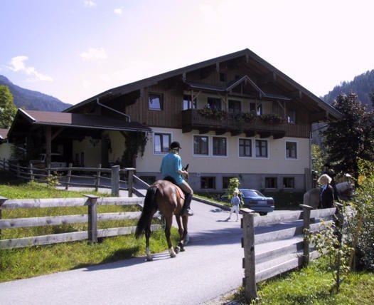 Apartmenthaus Kristall Wagrain - dream vacation
