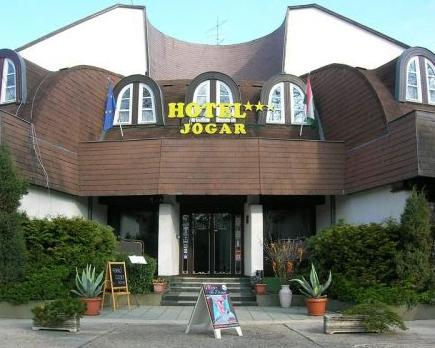 Jogar Tovabbkepzo Kozpont es Hotel - dream vacation