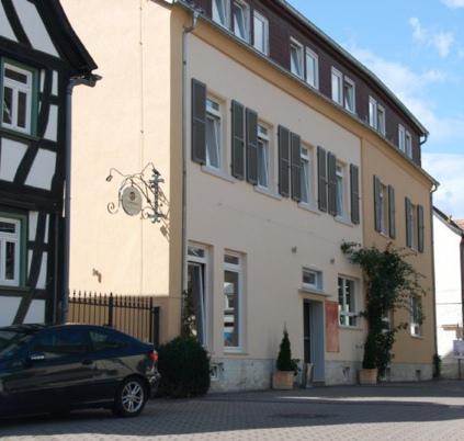 Hotel Alter Hof Hofheim am Taunus - dream vacation