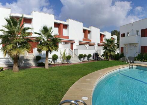 Apartamentos Turisticos La Buganvilla - San Jose -