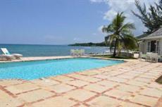 Отель Charming Seaside 4 BR Villa - Montego Bay