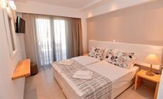 Вилла Island Dreams Rooms & Suites