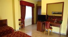 Отель Hotel Trani