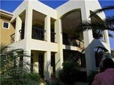 Отель 1 Br Apartment - Central Gated Location - Montego Bay