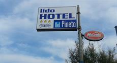 Отель Hotel Nel Pineto