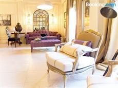 Апартаменты De Luxe Suite Show Room non smoking Free WiFi