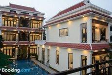 Отель River Waves Villa