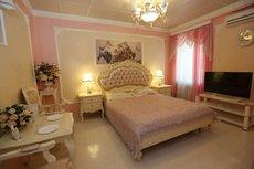 Romani Hotel