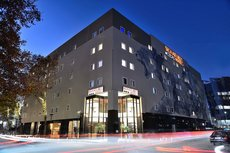 Signature Lux Hotel By ONOMO Sandton