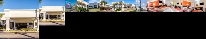 Motel 6 Saraland
